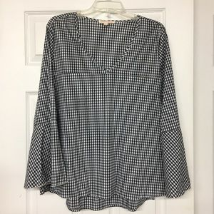 Navy blue check V-neck high low tunic bell sleeves